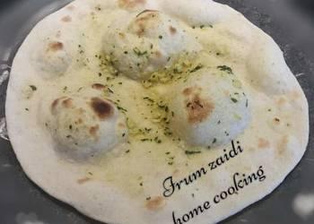 How to Make Yummy Homemade Garlic Yoghurt Naan sw Chiken  Spinc Curry