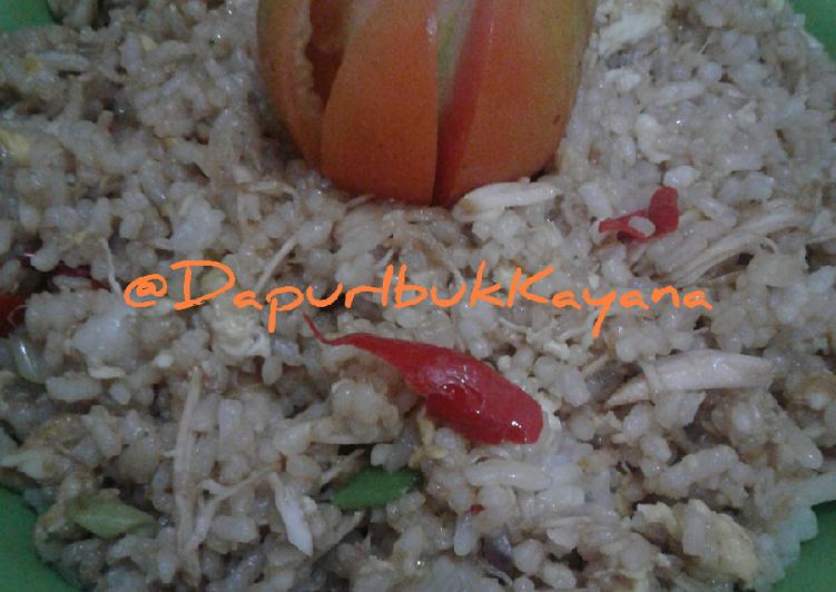 33 NasGor Ayam Suwir Kids Spesial Pake Telur