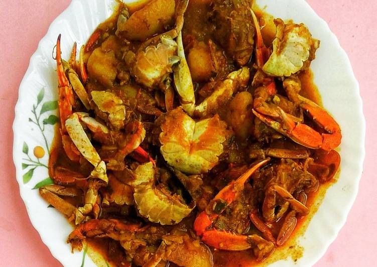 Choosing The Right Foods May Help You Stay Fit As Well As Healthy Spicy Crab (kakrar Jhal)