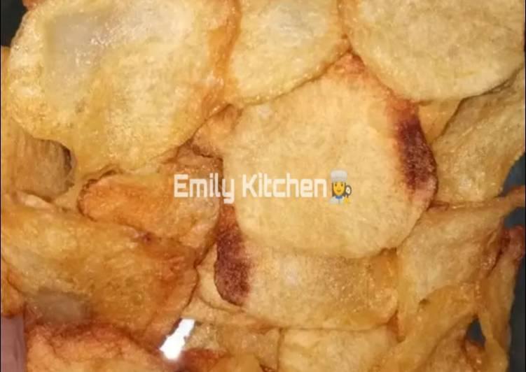 4. Keripik kentang (lays kw)