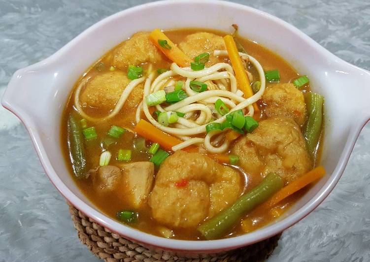 Student Meal: Chicken Curry 2.0 with Noodles