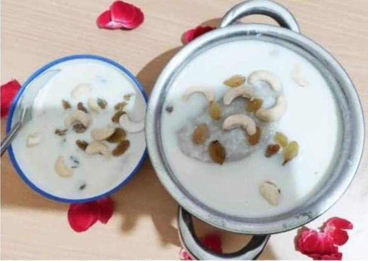 How to Prepare Any-night-of-the-week Dudh Pua with rice flour and khoya stuffing