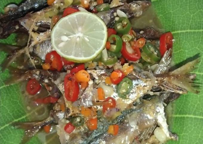 Resep Ikan kembung asam pedas Sederhana Untuk Jualan