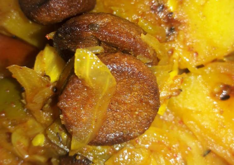 Recipe of Award-winning Potato pumpkin lentil dumplings curry