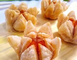 Lotus puff pastry (isi ubi cilembu)