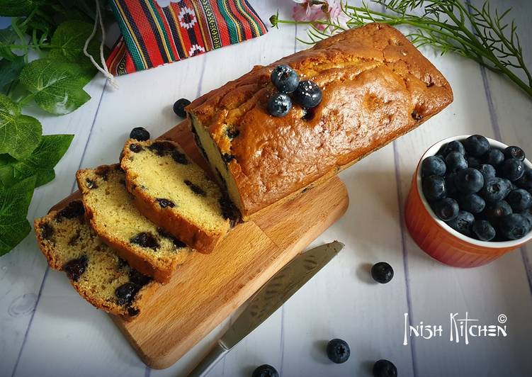 Step-by-Step Guide to Prepare Super Quick Homemade Blueberry custard cake