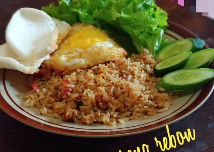 Nasi Goreng Rebon