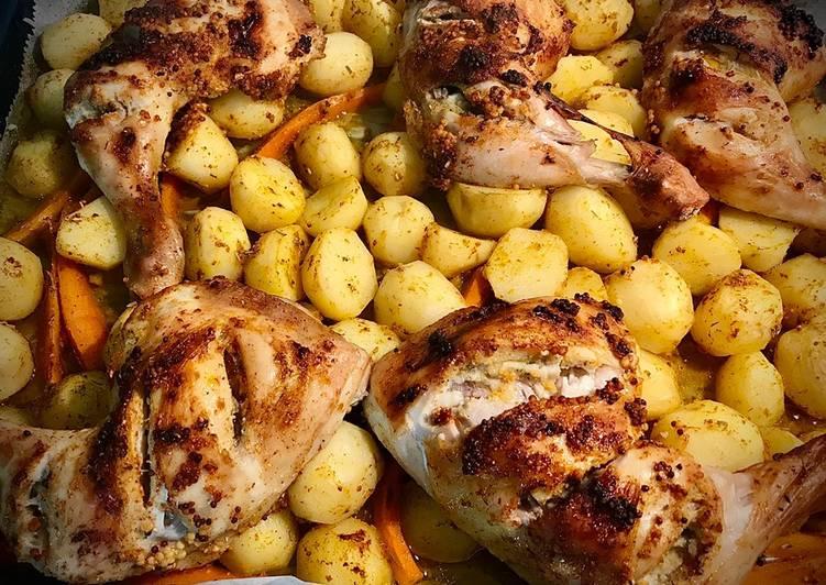 Ćwiartki z kurczaka pieczone z ziemniakami główne zdjęcie przepisu
