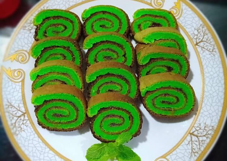 Bolu Gulung Pandan Happy Call