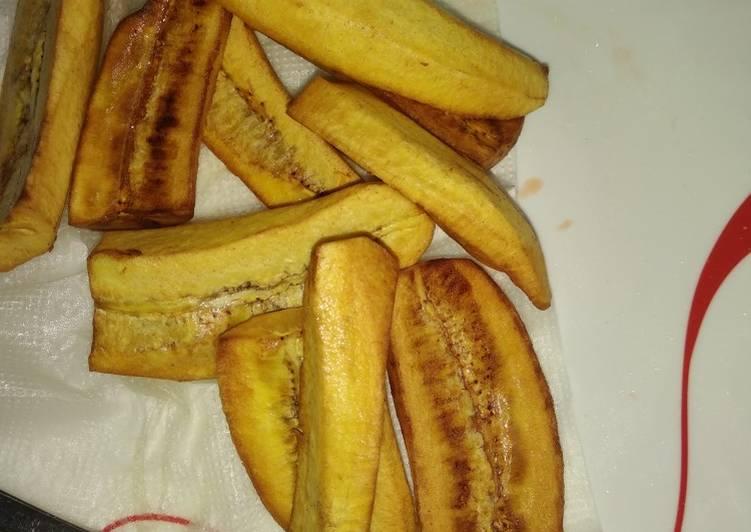 Step-by-Step Guide to Make Award-winning Deep fried bananas for breakfast#fourweekschallenge