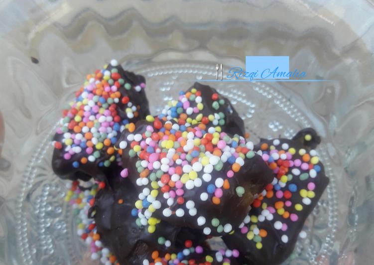 original-kurma-cokelat