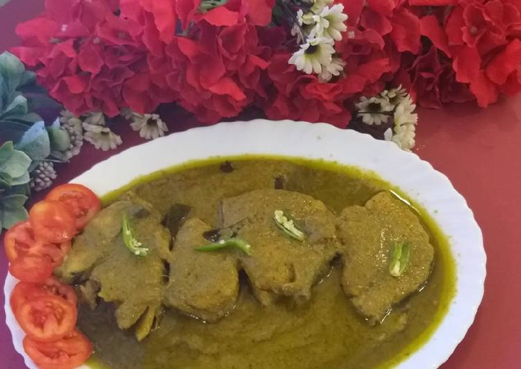 Fish green curry bengali stayl