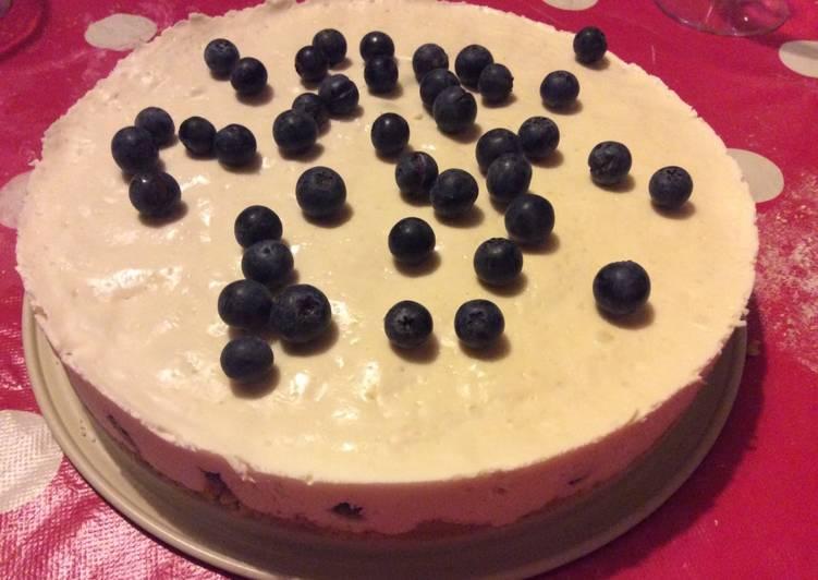Le moyen le plus simple de Cuire Appétissante Cheesecake glacé à la myrtille