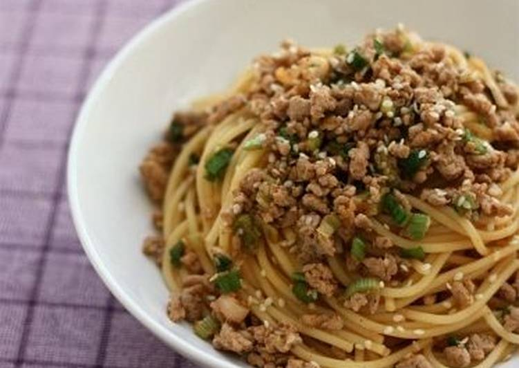 Quick and easy! Oriental style spaghetti with spicy pork mince – Food Network Cookbooks