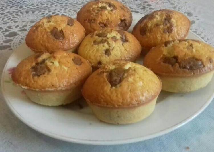 Cupcake kacang tanah toping coklat (gluten free)