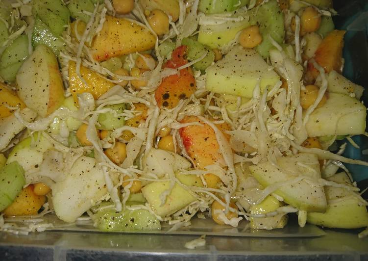 Salad make like a meal for diet conscious