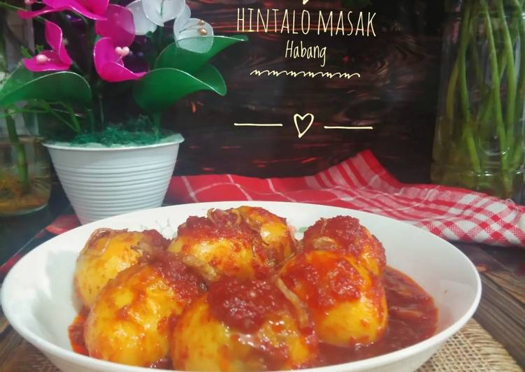 Hintalo Masak Habang (Telur masak merah)