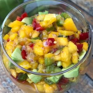 Ceviche de mango y palta