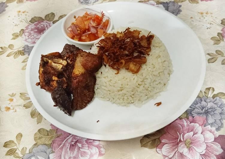 Nasi Mentega & Daging Goreng Rempah
