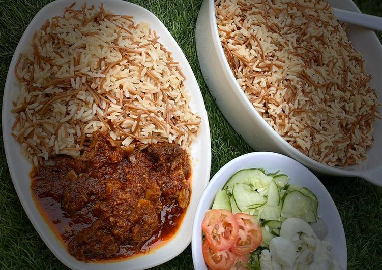 Sharayya(boiled rice wt fried spaghetti)recipe by mumeena's Kitchen