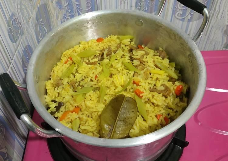 Nasi daging rempah pedas