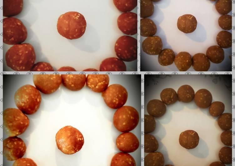 Microwave sesame seeds balls or til ke laddo