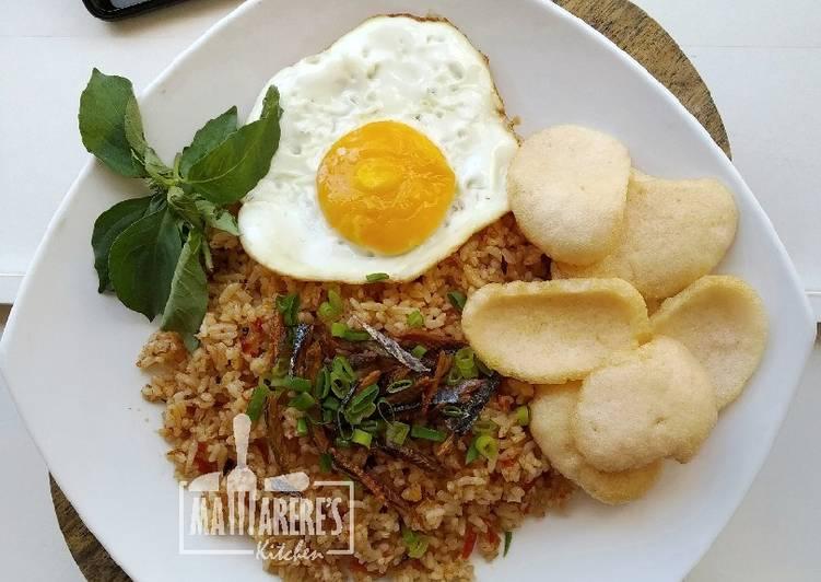 Nasi Goreng (Ikan & Sambal) Roa