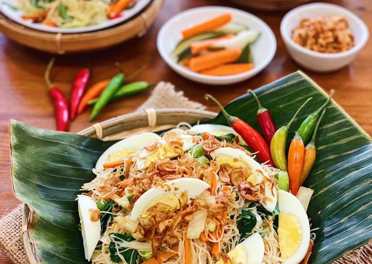 Bihun Goreng Kampung (Village Fried Rice Noodles)