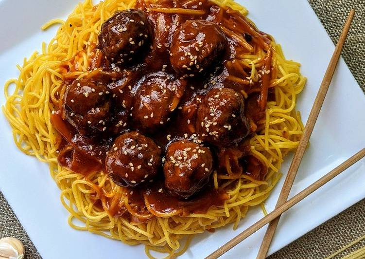 Recipe of Ultimate Honey Sriracha Meatballs with Stir Fried Noodles