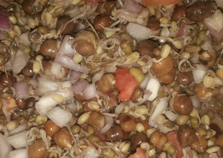 Recipe of Quick Sprouted moong bean and chane