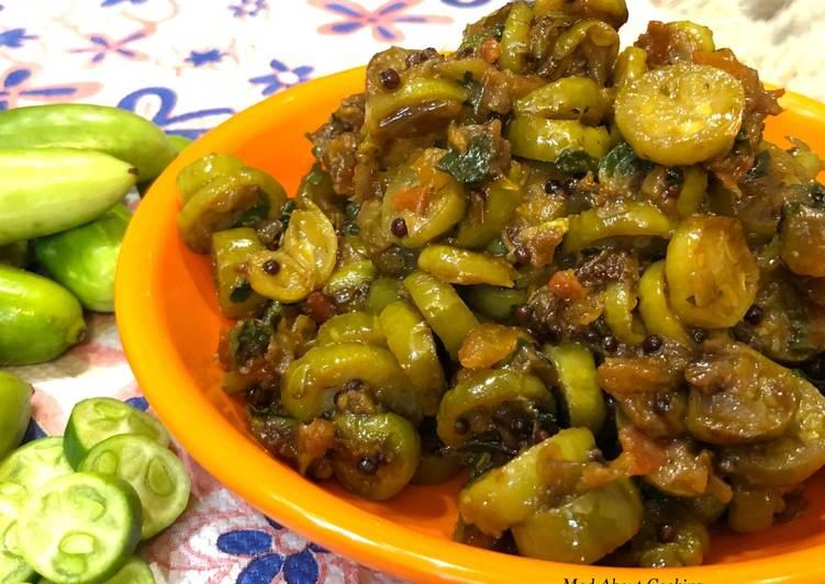 Kundru Garlic Ki Sabzi (Ivy gourd Garlic Dry Vegetable) – Lunch Recipe