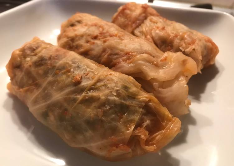 Vegan Sarmale (stuffed cabbage leaves)