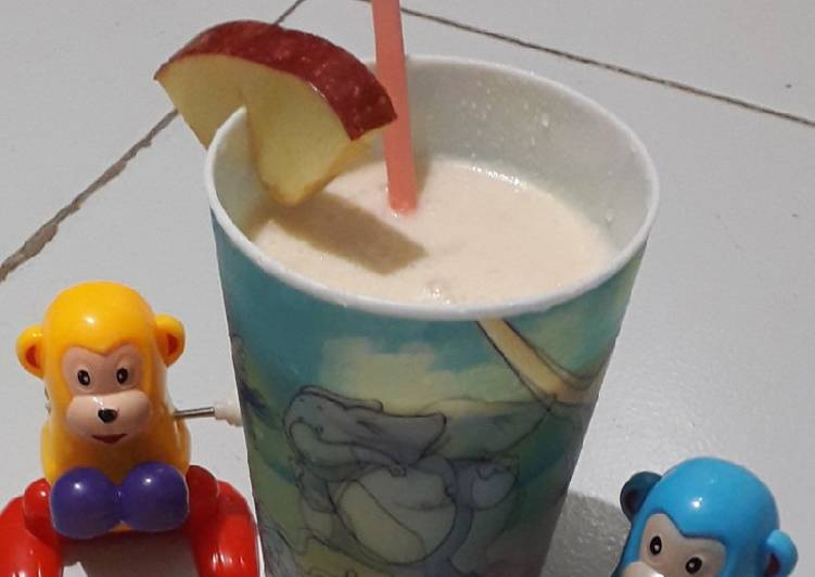 Recipe of Perfect Apple milk shake