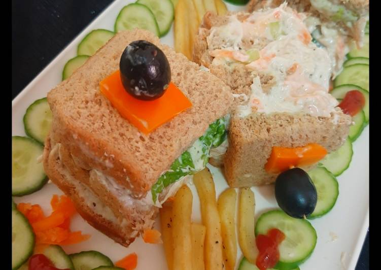 How to Make Quick Chicken mayonnaise sandwiches