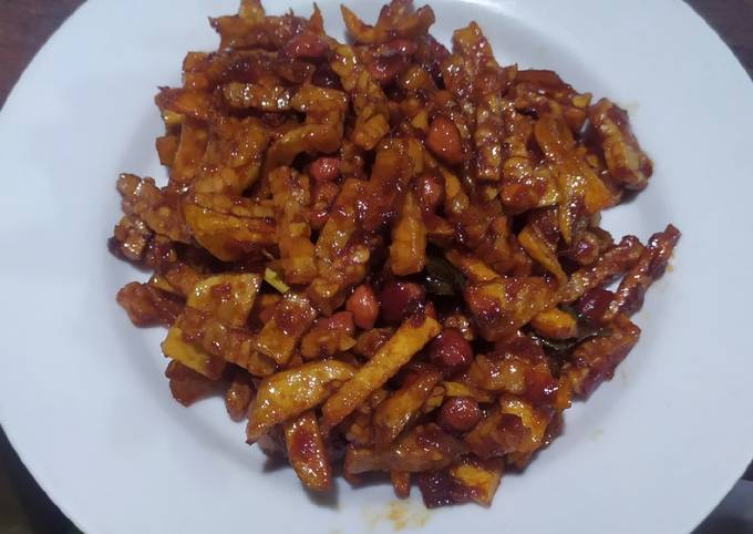 kering tempe kentang kacang manis pedas - resepenakbgt.com