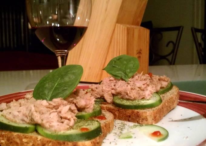 Open-faced Spicy Dill Tuna Sandwich
