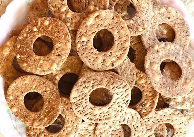 Doughnut shaped wheat flour Farsi puri#deepfriedsnacks - Laurie G Edwards