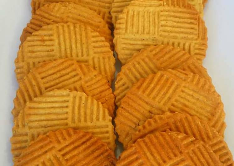 Recipe of Homemade Oats, Whole grain wheat flour, honey and Cardamom biscuits