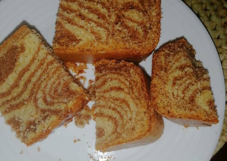 Moist zebra cake