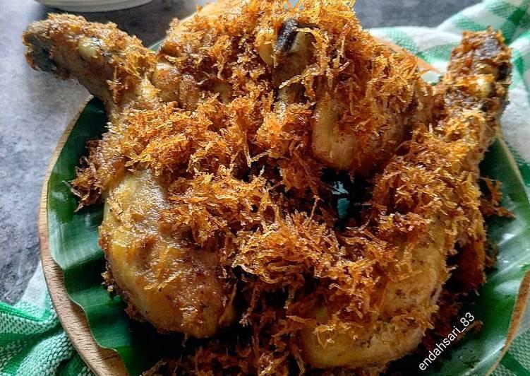 Ayam Goreng Kelapa / Serundeng