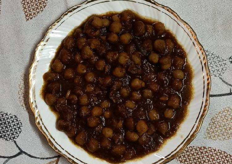 Step-by-Step Guide to Prepare Any-night-of-the-week Amritsari Pindi Chole