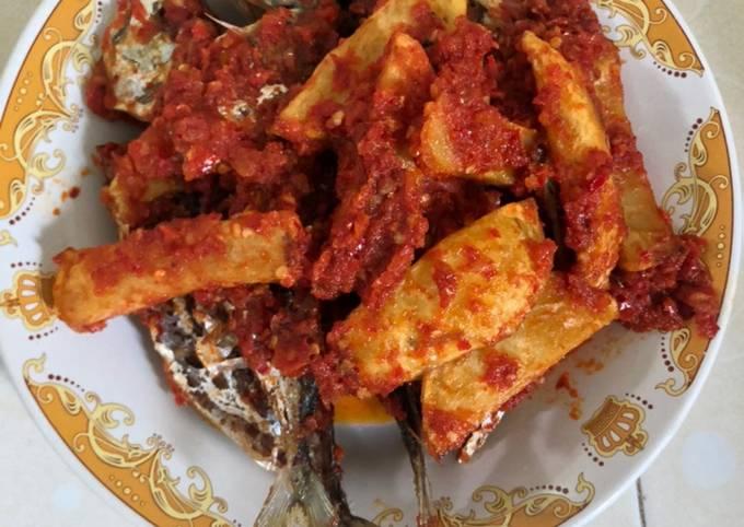 Ikan gembung + kentang balado