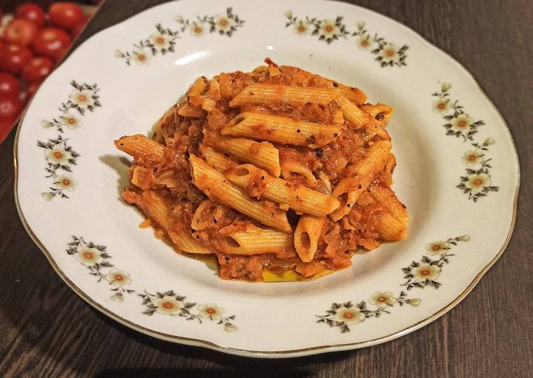 Recipe of Perfect Penne Arrabbiata (Pasta with Red Sauce)