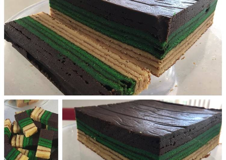 Coffee Pandan Layer Cake
