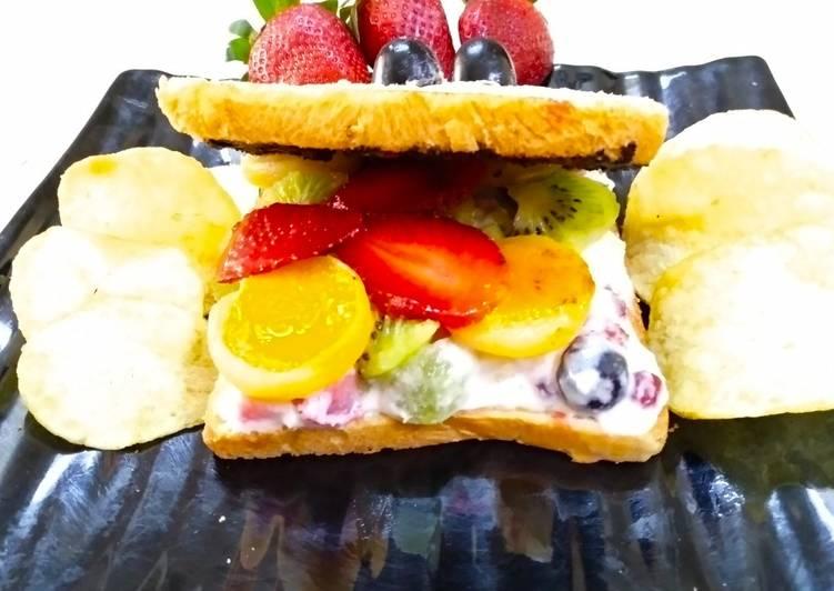Grandmother's Dinner Easy Fall Fruity Creamy Choco Sandwich