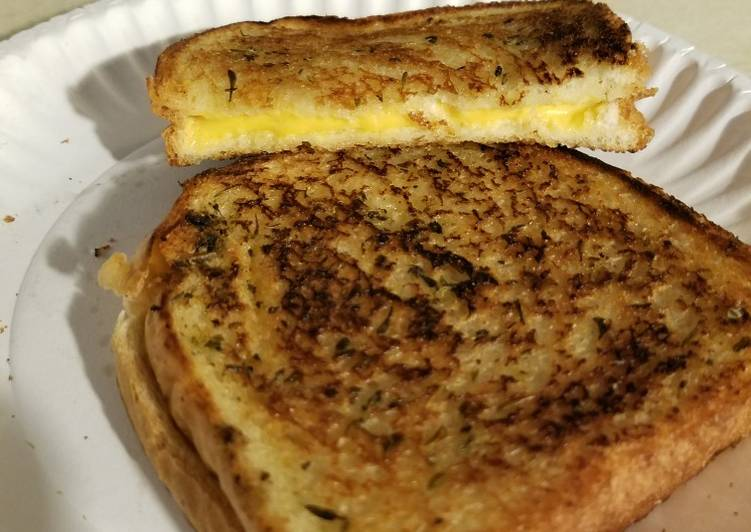 Easiest Way to Prepare Yummy Italian Herb Grilled Cheese