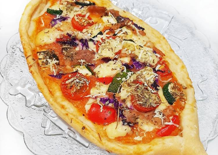 Pizza Turki (Pide Turc)