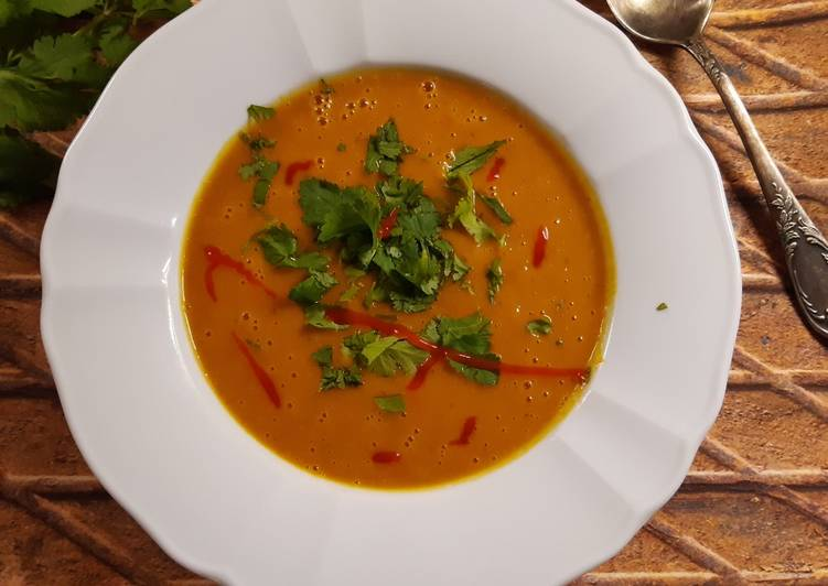 Dyniowa zupa curry