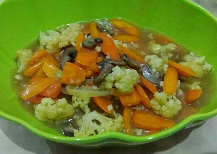 Cah jamur dan sayuran