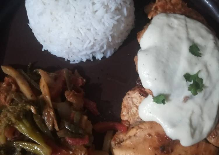 Old Fashioned Dinner Ideas Favorite Steak with veggie and boiled rice